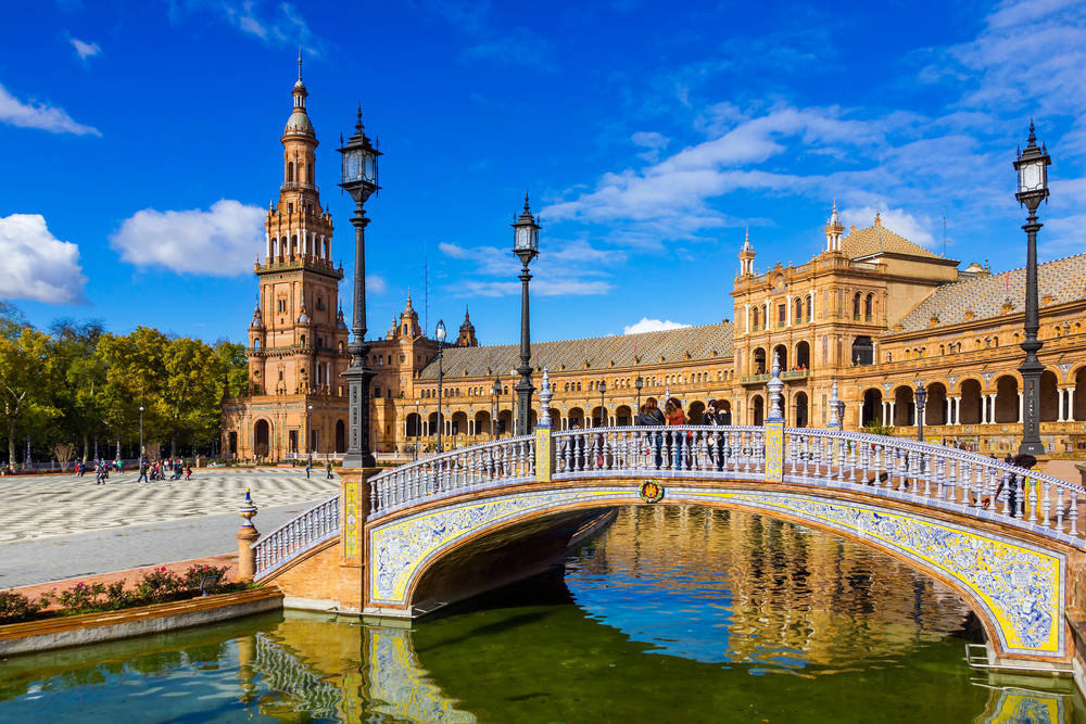 Sevilla, una ciudad que se oferta al público más sibarita