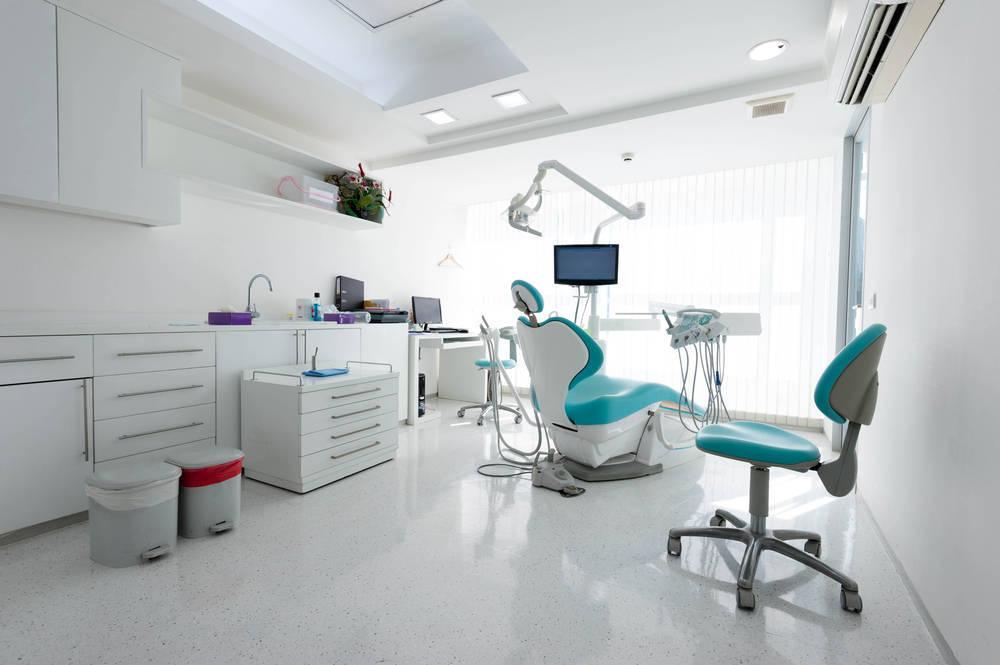 Las manos detrás de la destreza de los dentistas