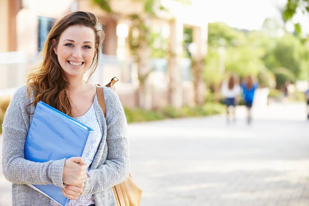 Prepara tu acceso a la universidad en un centro especializado y supera las pruebas con éxito
